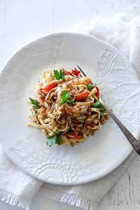 Prawn, Pancetta Linguini, Tomato, Chilli & Pangrattato