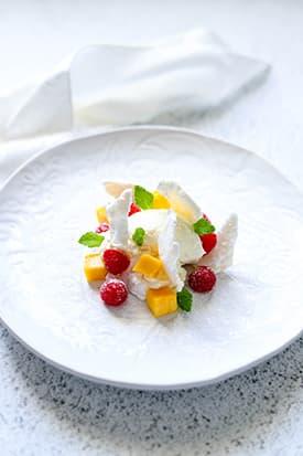 Meringue, Mango & Raspberries